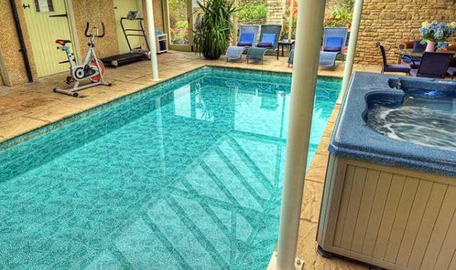 luxury-bath-pool-FEATURED
