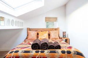 new-0819-luxury-cottage-09