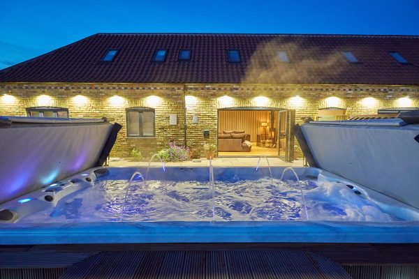 Hen Party House Honey Spa Cottage 32