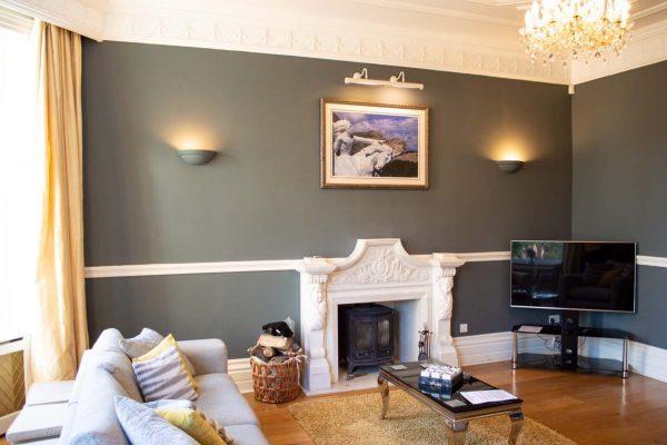 new-lake-house-mansion-living-room-00