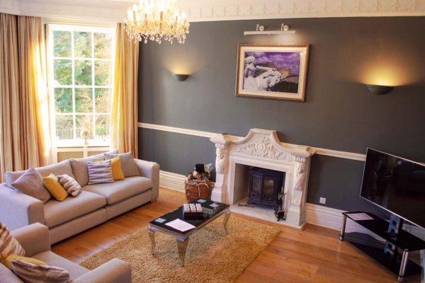 new-lake-house-mansion-living-room-01