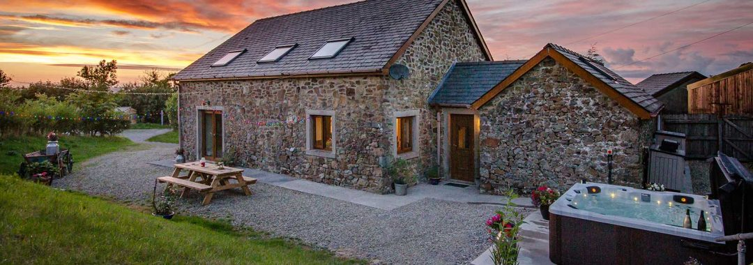 new-luxury-barn-retreat-06