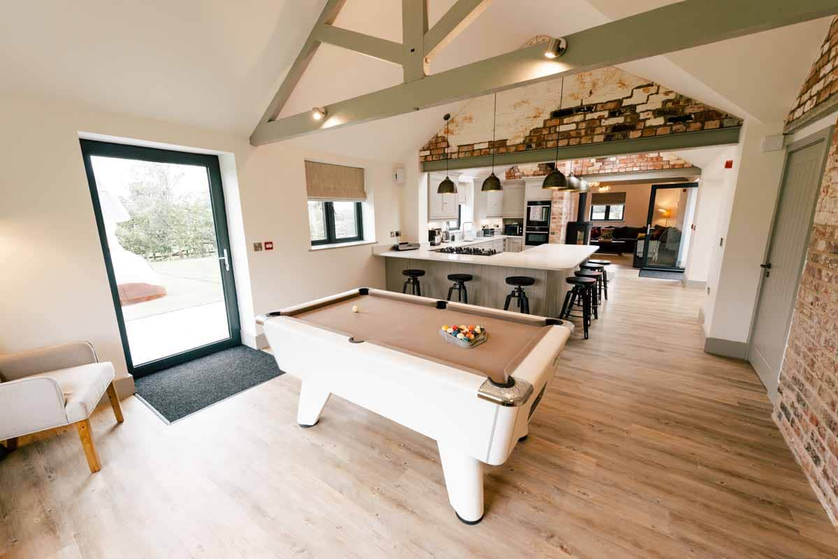 Stupendous Celebration Cottages Luxury Hen Party Holiday Houses Download Free Architecture Designs Scobabritishbridgeorg