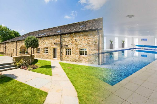 pool-party-barn-title