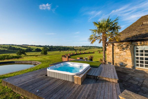 new-pool-party-barn-06